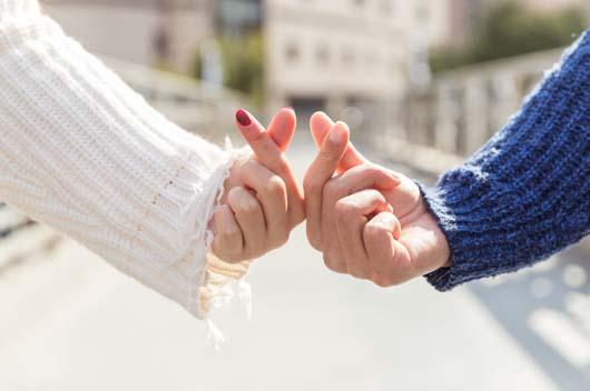 两人性格互补VS性格相似,哪种爱情更长久?