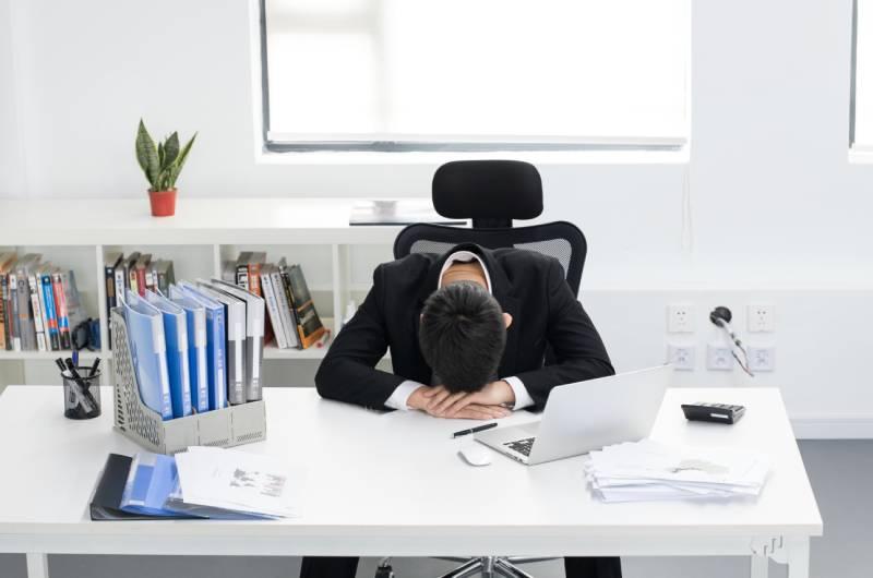引起工作倦怠的原因有哪些 职业枯竭大产生原因