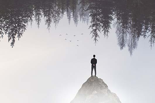 当你处于人生低谷迷茫时,做好这件事就能东山再起