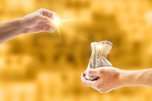 """有钱就作怪?这些生肖要""""藏钱""""才能存到钱"""